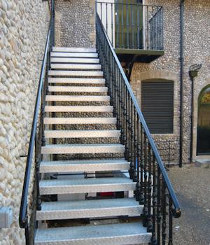 Straight Steel Staircases