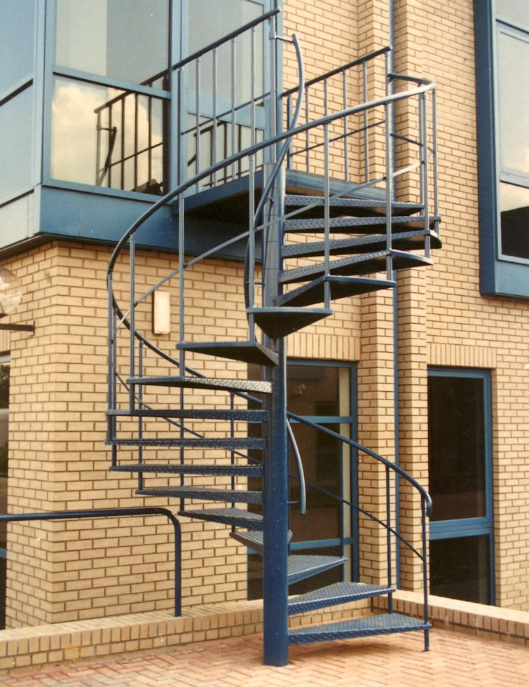 Spiral staircases from albion design specialist uk spiral for Spiral stair design